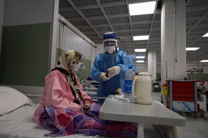 В Иране от коронавируса умерли десять врачей